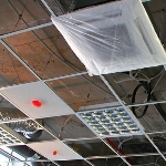 Внутренние блоки на потолке